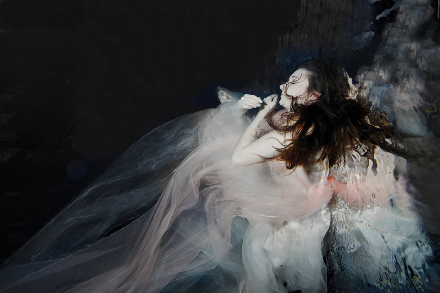 Gabriele Viertel - the virgin